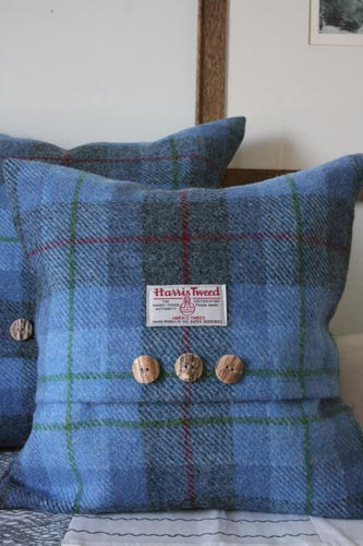Bluebell Harris Tweed Cushion (Small)