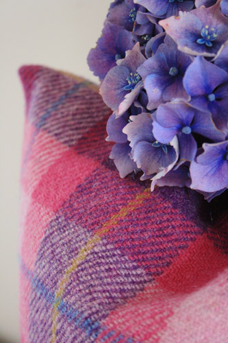 Hydrangea Harris Tweed Cushion (Large)