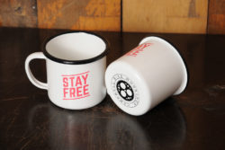 mug_stayfree_pair