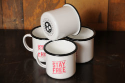 mug_stayfree_stack